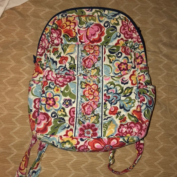 c00f78fdeb4 Mini Vera Bradley Backpack in discontinued pattern.  M 5a8fb3b8a6e3eaa94f8a8580